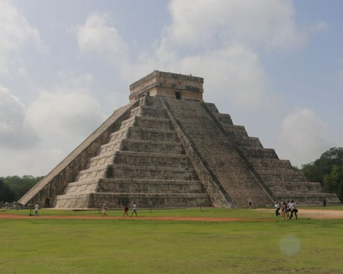 Chichen Itza, ideal for Groups