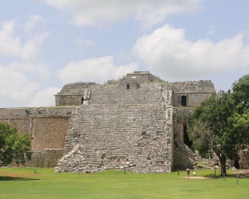 When booking your hotel, consider Chichen Itza