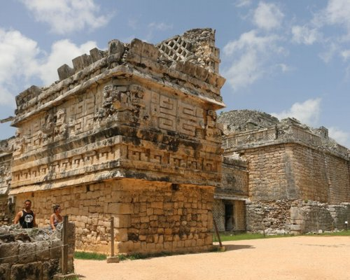 Chichen Itza just 2.5 hours from Playa del Carmen